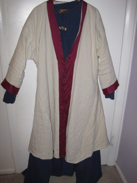 Kentish Linen Robe